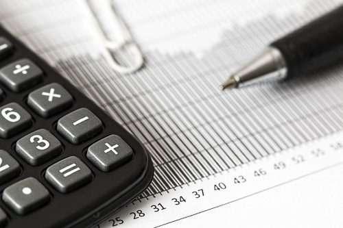 laskin-tilastoja-kirjanpitoa